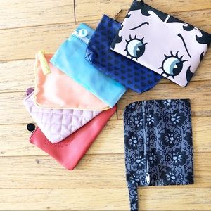 Lot of 6 Ipsy zipper pouches plus extra pouch